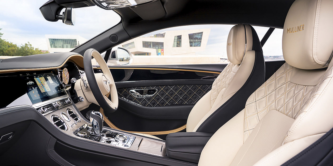 Bentley-Continental-GT-Mulliner-front-interior-in-Beluga-black-Linen-and-Gold-leather